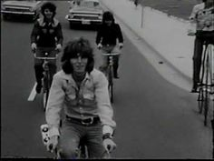 The Mixtures - Pushbike Song (1970)
