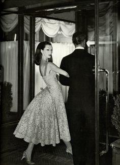 Dovima, vintage models, Maxim's