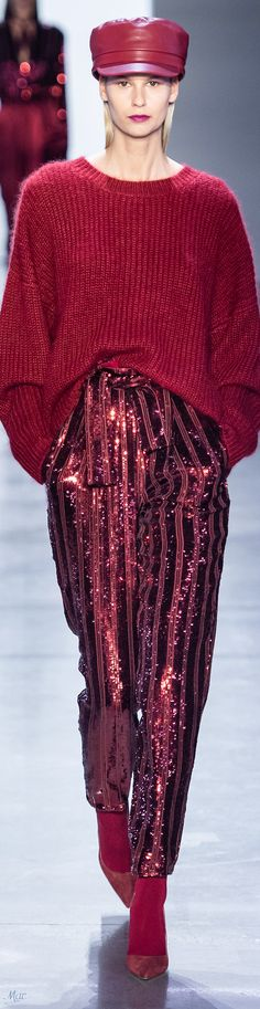 Fall 2019 RTW Sally LaPointe Fall 2019 RTW Sally LaPointe Always aspired to discover how to knit, although unsure the place to start? Knit Fashion, Red Fashion, High Fashion, Winter Fashion, Womens Fashion, Fashion Trends, Edgy Chic, Look Chic, Winter Typ