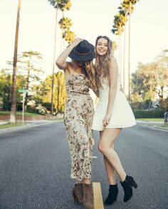 perfect looks for a summer day 🌻 Aeropostale, Best Friends Sister, Senior Girls, Picture Poses, Senior Portraits, Different Styles, Girl Fashion, Summer Outfits, Runway