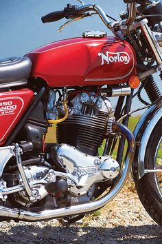 Vintage Motorcycles Classic The Last Boy Scout: 1975 Norton Commando 850 Mark III - Classic British Motorcycles - Motorcycle Classics - The Norton Commando 850 was somehow always more than the sum of its parts. Norton Motorcycle, Moto Bike, Motorcycle Garage, British Motorcycles, Cool Motorcycles, Vintage Motorcycles, Classic Motors, Classic Bikes, Classic Cars