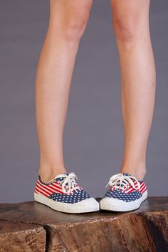 vintage American Flag grunge 90s KEDS, Made in USA, Women's 10 fourth of july Patriotic Hipster