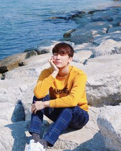 TharnType the series 👬❤ Mew Suppasit Powerful Love Spells, Theory Of Love, Thai Drama, Kpop, Asian Actors, Boyfriend Material, Short Film, Photo Cards, Cute Boys