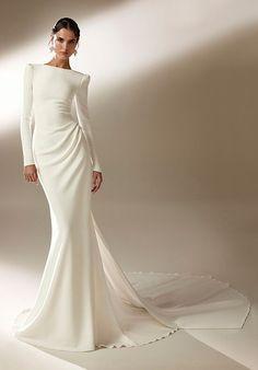 Long Sleeve Wedding, Long Wedding Dresses, Bridal Dresses, Couture Wedding Dresses, Hollywood Glamour, Pronovias Wedding Dress, Bridal Fashion Week, Mermaid Dresses, Long Sleeve Mermaid Dress