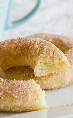 Low FODMAP and Gluten Free Recipe - Baked cinnamon donuts --- (update) --- http://www.ibssano.com/low_fodmap_recipe_doughnut.html
