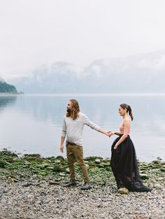Misty Morning Elopement / Eidfjord Workshop by Norwegian Wedding Magazine. Flowers, Dress, Styling & Concept by Norwegian Wedding Magazine. Muah: Hawwa make up // Photo by Nina & Wes Photography:  http://www.norwegianweddingblog.com/2016/08/misty-morning-elopement-eidfjord-workshop-by-nina-wes.html