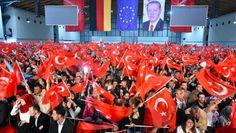 #Islamaufklärung #Politikversagen Wir haben es mit einer bis dato ungekannten Mobilisierung von nationalistischen, faschistischen und islamistischen Kreisen zu tun, die Erdogans gewalttätige Politik in Deutschland etablieren wollen. Die deutsche Regierung nimmt diese Vorfälle geräuschlos hin. Ich befürchte, dass Deutschland dafür bitter bezahlen wird. — #Sevim_Dagdelen (Die Linke)