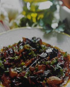 ΠΑΝ ΜΕΤΡΟΝ ΑΡΙΣΤΟΝ: Νηστίσιμα φαγητά με συνταγή Αγίου Όρους.. Μελιτζάν... Main Meals, Sprouts, Cabbage, Food Porn, Greek, Cooking Recipes, Vegan, Vegetables, Desserts