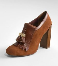 I soooo love this Tory Burch shoe for work (this is too cute! does it come in black?)