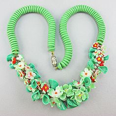 Vintage Glass Beads Necklace Green flower heads £60.00