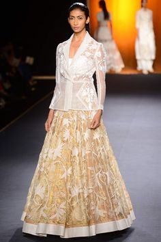 Ivory and gold fully embroidered lehenga set by Rahul Mishra #rahulmishra #aicw #aicw2015