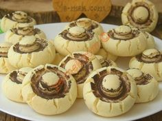 Üç Malzemeli Un Kurabiyesi Tarifi, Nasıl Yapılır? Homemade Beauty Products, Flan, Mini Cupcakes, Biscotti, Finger Foods, Cookie Recipes, Tart, Stuffed Mushrooms, Muffin