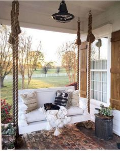 44 Amazing Rustic Porch Swing Design Ideas - Porch swings are a fabulous edition to any home and any porch. Porch swings are a wonderful way to kick back and relax at any time, especially after a. Farmhouse Porch Swings, Farmhouse Front Porches, Rustic Porch Swings, Farmhouse Outdoor Decor, Cabin Porches, Farmhouse Style, Front Porch Remodel, Patio Grande, Boho Home
