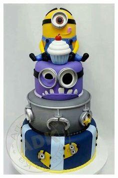Amazing Minion cake