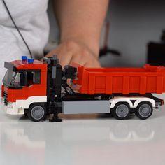 Lego Technic Truck, Lego Truck, Lego Design, Lego Fire, Lego Furniture, Lego Models, Emergency Vehicles, Fire Trucks, Shoulder Length