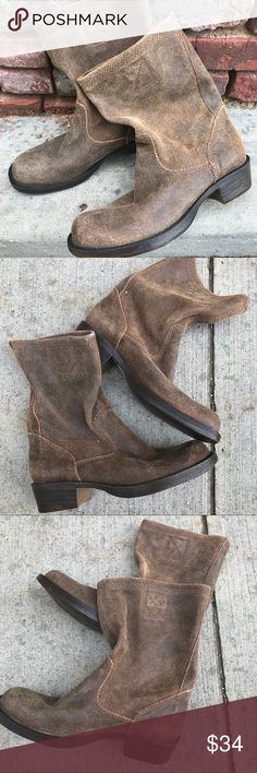 Steve Madden Boots size 8 Just awesome - and if they were my size you better bet I'd be keeping them! More info to follow.  Shop smart by maximizing your shipping $. Use the filter function and peruse my closet of over 1,000 items! Bundle and save!! Steve Madden Shoes Heeled Boots