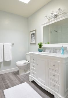 Grey-blue paint brings extra serenity to a neutral #bathroom. Similar Color: White Lagoon. Click through for more favorite grey paint colors from @centsationalgrl via MyColortopia.com