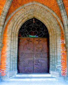 Door Myeong Dong Cathetral by Logan E, via Flickr