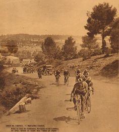 Tour de France 1927. 14^Tappa, 5 luglio. Marsiglia > Tolone. Côte de Pallaidou. Maurice De Waele (1896-1952) e Louis Delannoy (1902-1968) [Match L'Intran]