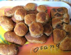Panes caseros con salvado Grande, Homemade Breads, Breakfast, Food, Healthy Recipes, Food Recipes, Biscuits, Homemade Buns, Meal