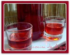 La cocina de Angie: LICOR DE FRAMBUESAS Cocktail Drinks, Alcoholic Drinks, Mojito, Coffee Drinks, Bartender, Shot Glass, Tableware, Food, Homemade Liquor