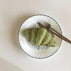 Aesthetic Header, Aesthetic Food, Aesthetic Pastel, Cafe Food, Food N, Food And Drink, Matcha Green Tea, Matcha Ice Cream, Green Teas