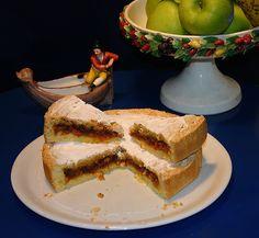 AAA ACCADEMIA AFFAMATI AFFANNATI: Madama Alticcia, una sontuosa torta anni Sessanta. Torte Cake, Sweet Cakes, Cake Cookies, French Toast, Cheesecake, Food And Drink, Mamma, Breakfast, Desserts