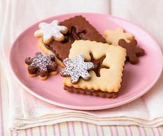 Παιδικό πάρτυ- Γλυκά: Ιδέες γαι χριστουγεννιάτικα μπισκότα! Vanilla Cookies, Mini Cookies, Iced Cookies, Cut Out Cookies, Sugar Cookies Recipe, Cookies Et Biscuits, Xmas Cookies, Christmas Cookies Kids, Cookies For Kids