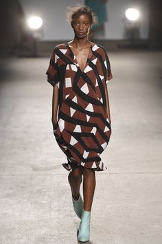Tracy Reese Spring 2016 Ready-to-Wear Collection Photos - Vogue http://www.vogue.com/fashion-shows/spring-2016-ready-to-wear/tracy-reese/slideshow/collection#22