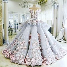 This is so beautiful   #dressandclothes Turn on post notifications ❤ - Follow: @dressandclothes  'Sigam: @dressandclothes  - #fantastic #dress #dresses #clothes #beautiful #clothe #perfect #inspiration #amazing #awesome #instablog #likeforlike #happy #instagood #moda #tutorial #blogger #boatarde #fashion #moda #followme #nice #instagram #style #follow #love #colorful