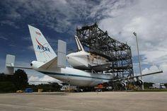 Space Shuttle aboard carrier B747
