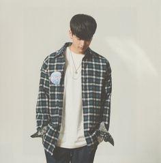 👶🏻 Chanwoo Ikon, Kim Hanbin, Ikon Songs, Imaginary Boyfriend, New Kids, Yg Entertainment, Photo Book, My Idol, Men Casual