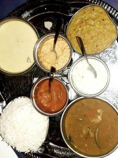 wien-insider-tipps-1 Second Hand Shop, Cinnabon, Sri Lanka Essen, Salzburg, Vienna, Highlights, Chocolate, Grey, Desserts