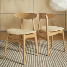 MID-CENTURY LIVING Norwegian Danish Modern Tapered Side Chairs (Set of 2)