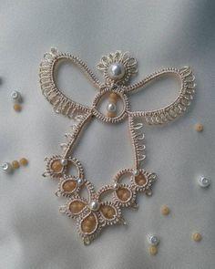35 Ideas Crochet For Beginners Doilies Needle Tatting Tatting Earrings, Tatting Jewelry, Tatting Lace, Shuttle Tatting Patterns, Needle Tatting Patterns, Crochet Patterns, Needle Tatting Tutorial, Tutorial Crochet, Crochet Bookmarks