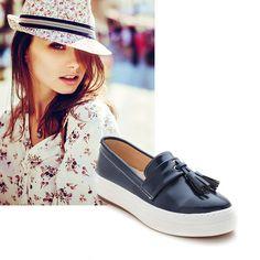Lacivert Mat Rugan #ayakkabi #sneakerhead #modsimo #trend Ürün Kodu: 13004 49.90TL http://www.modsimo.com/phmg~u~lacivert-mat-rugan-ayakkabi-babet-spor
