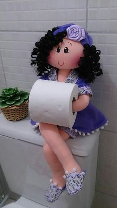 Discover recipes, home ideas, style inspiration and other ideas to try. Diy Toilet Paper Holder, Toilet Roll Holder, Paper Holders, Hobbies And Crafts, Diy And Crafts, Arts And Crafts, Sewing Crafts, Sewing Projects, Diy Projects