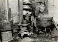 Typical tenement kitchen on or around Taylor St, 1912, Chicago. http://calumet412.tumblr.com/page/7