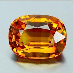 7.45 Cts. Natural Yellow Sapphire Chanthaburi Thailand Oval Yellow