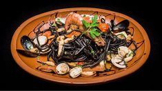Les Spaghetto ai fruitti di mare de bonnes Spaghetto al dente accompagnés de palourdes moules crevettes et gambas !  #prestofresco #italianfood #italien #pasta #pizza #restaurantitalien #mangeritalien #gourmand #gastronomie #food #cucinaitaliana #italiancuisine