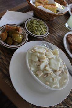 Under the Oaks blog: Chapel Hill Reviews: Mama Dip's Kitchen #northcarolina #travel