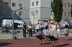 cosasdeantonio: Fiestas en Echavacoiz Año 2017 - Dantzaris Street View, October, Fiestas