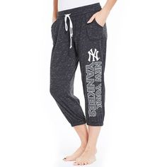 Women's Concepts Sport New York Yankees Ringer Capri Pants (680 MXN) ❤ liked on Polyvore featuring black, sport jerseys, sports jerseys, ny yankees jersey, new york yankees jersey and yankees jersey