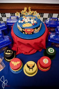 Justice League Themed Cakes