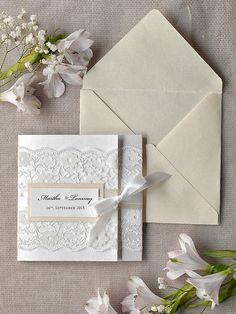 Lista personalizada 40 invitaciones de la boda de encaje blanco, invitación de la boda de Marfil, Pocket Dobla invitaciones de la boda, invitación de la boda de la vendimia