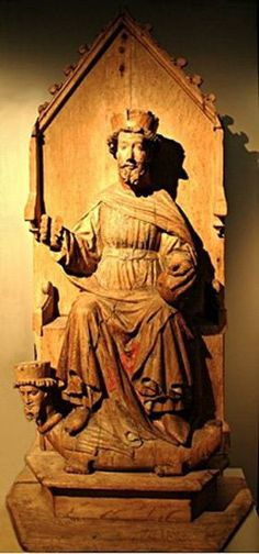 """The King that Became a Saint Olaf II Haraldsson , also called """"the Fat"""" or """"the Stout"""" during his lifetime, was born in 995 (the year in which Olaf Tryggvessön arrived in Norway.) After fighting the Danes in England, Olaf Haraldsson returned to Norway in 1015 and declared himself king. He obtained the support of the five petty kings of the Uplands. He was the King of Norway from 1016-1029."""