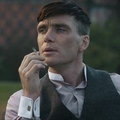 Find and follow posts tagged tommy-shelby-icons on Tumblr Peaky Blinders Characters, Peaky Blinders Poster, Peaky Blinders Wallpaper, Peaky Blinders Series, Peaky Blinders Quotes, Peaky Blinders Tommy Shelby, Peaky Blinders Thomas, Cillian Murphy Peaky Blinders, Tommy Shelby Hair