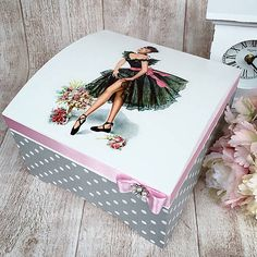 1 million+ Stunning Free Images to Use Anywhere Decoupage Wood, Decoupage Vintage, Tea Box, Craft Bags, Altered Boxes, Diy Home Crafts, Bottle Crafts, Painting On Wood, Decorative Boxes