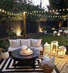 "Love this backyard Liebe diesen Hinterhof Source by cynthianesteby"", ""pinner"": {""username"": ""first_name"": ""Garten dekoration ""domain_url"": ""gartendeko.ml"", ""is_default_image"": false, ""image_medium_url"":. Backyard Patio Designs, Backyard Landscaping, Backyard Seating, Cozy Backyard, Patio Fence, Cozy Patio, Backyard Porch Ideas, Narrow Backyard Ideas, Oasis Backyard"