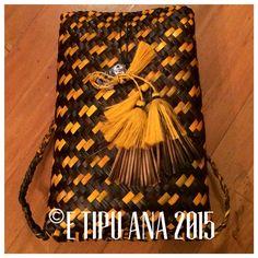 #etipuana  L&P pikau and poi piu combo  Hand woven by julz and em @ E Tipu Ana out of New Zealand harakeke (flax)